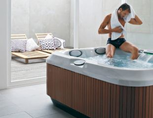 J-315-Hot-Tub-Lifestyle header